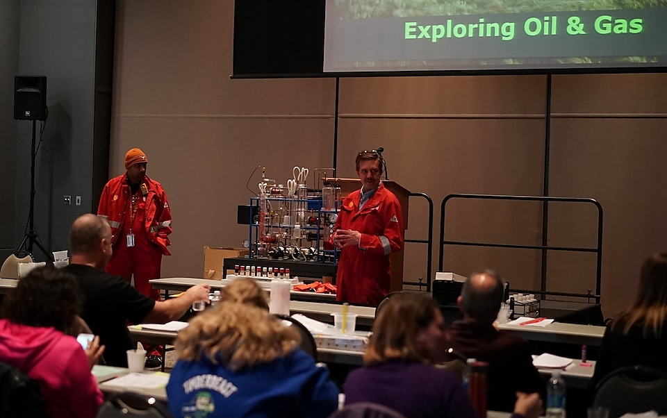 Aaron Macy and Alan McIntyre demonstrate the Mini Refinery