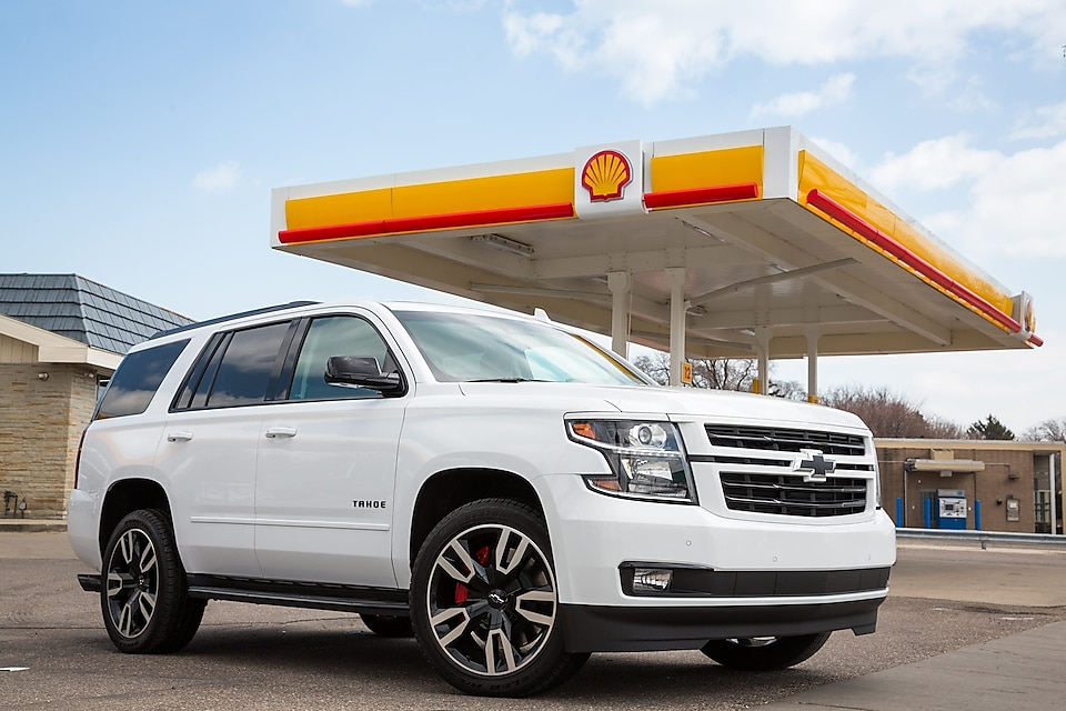 Chevrolet and Shell are rolling out the US industry's first embedded, in-dash fuel payment and savings experience. (Photo by John F. Martin for Chevrolet)