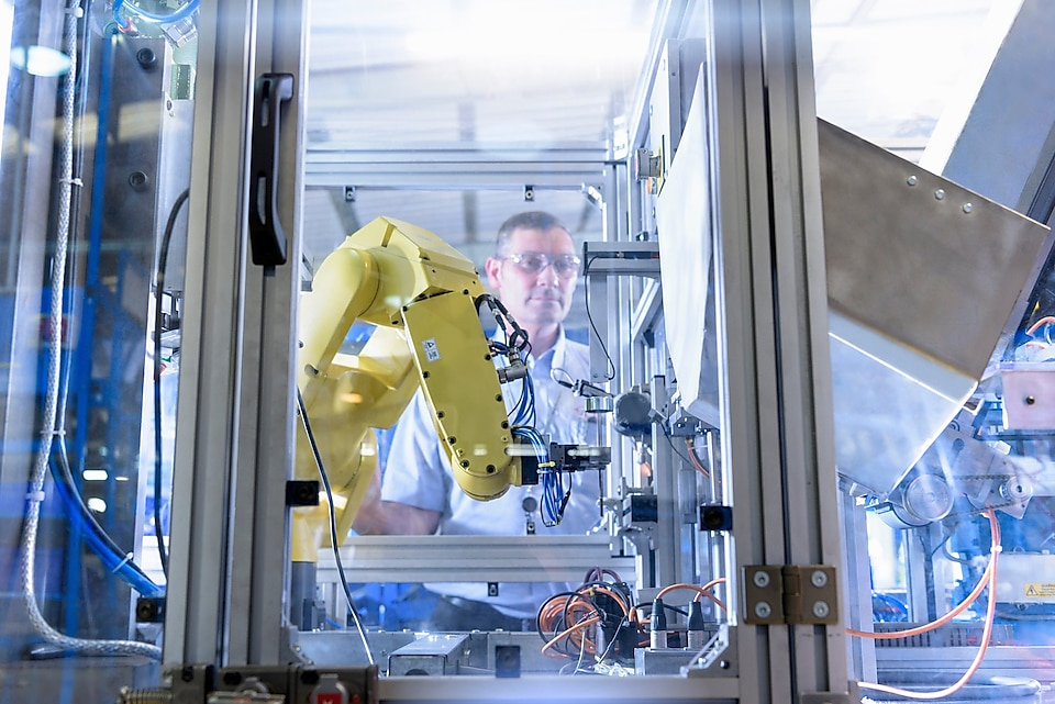 Get Ahead of Industry 4.0 Shifts Changing the Polymers Industry